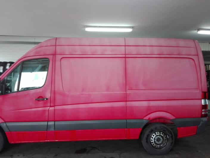 Mercedes Benz Sprinter Fahrzeugaufbereitung vorher